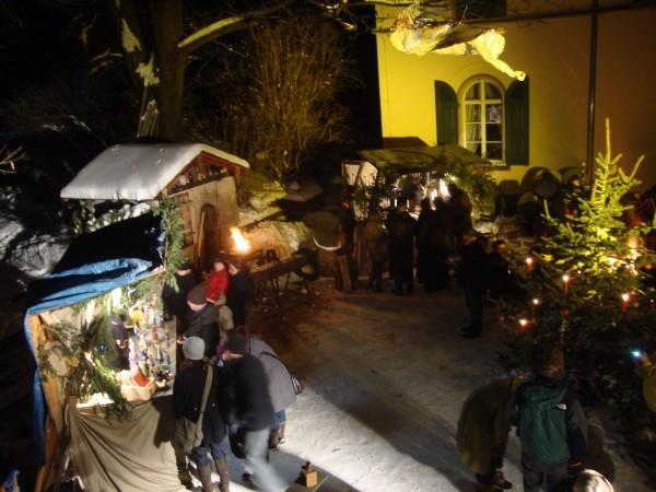 Weihnachtsmarkt im Gutshof Aust