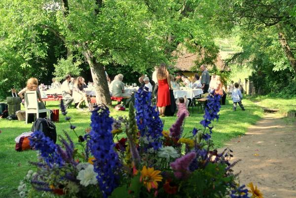 Unser Garten bietet für besondere Anlässe den richtigen Rahmen
